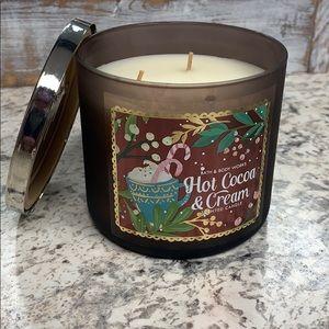 Hot Cocoa & Cream 3 wick candle
